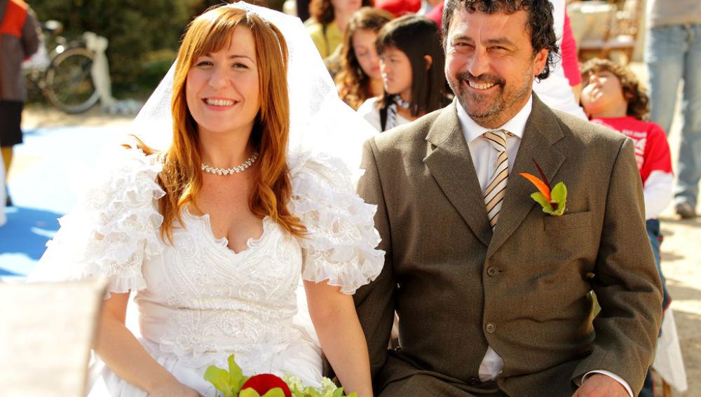 Tino y Alicia sonrien