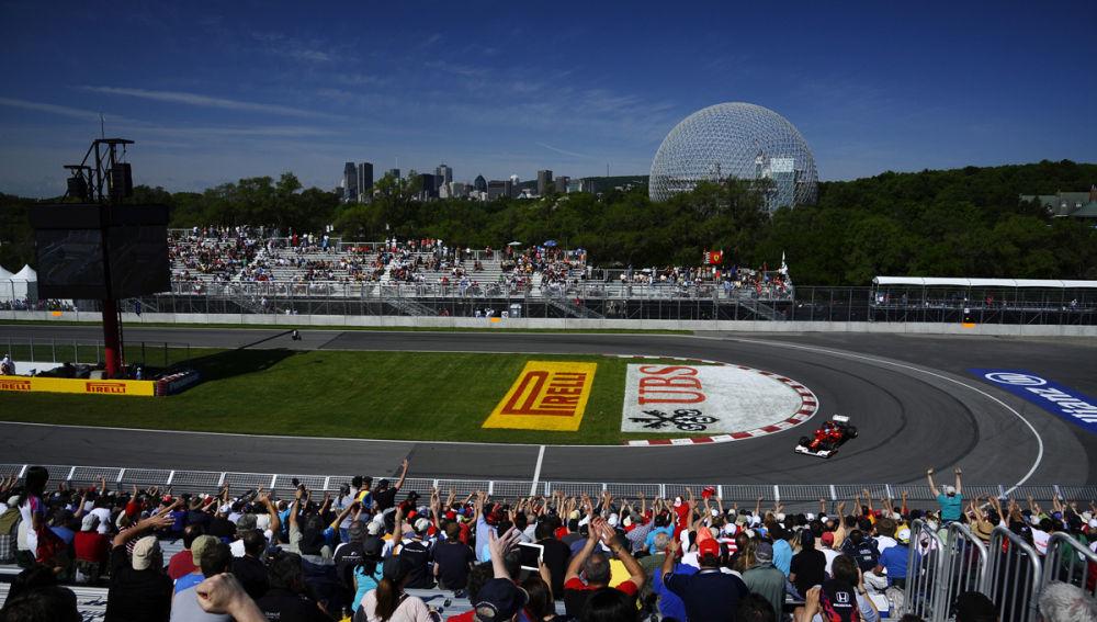 Alonso rueda ante el público de Montreal
