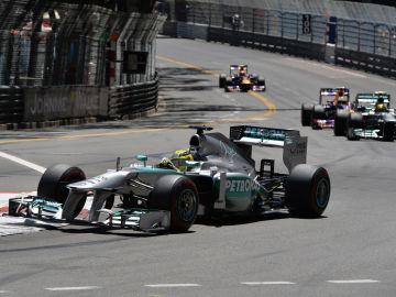 Rosberg, por delante de Hamilton