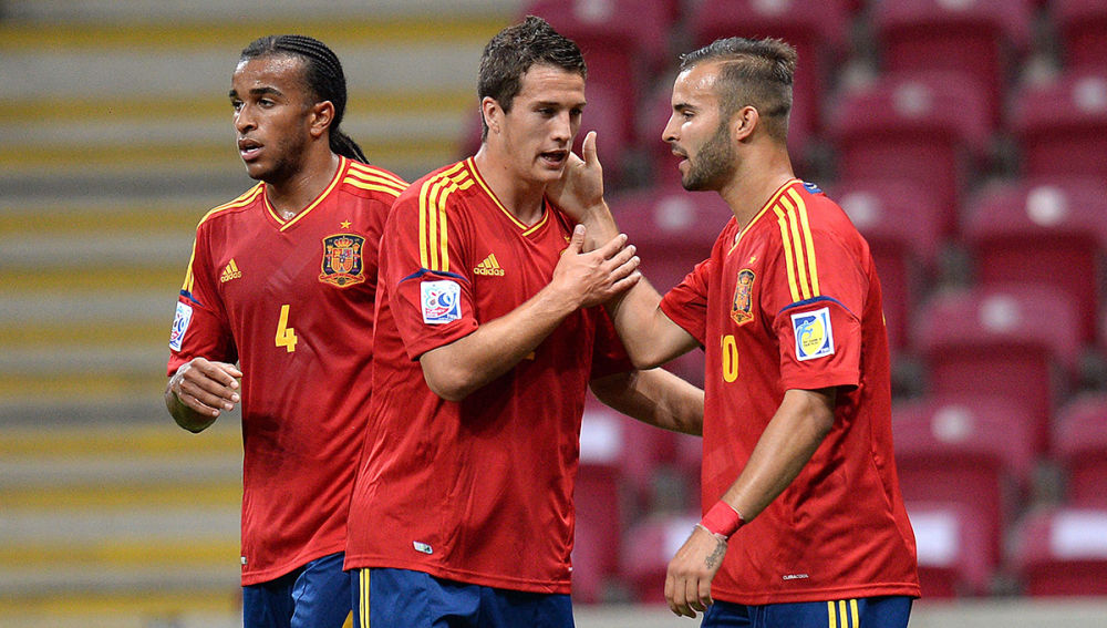 Jesé, Javier Manquillo y Derik celebran un gol ante Ghana.