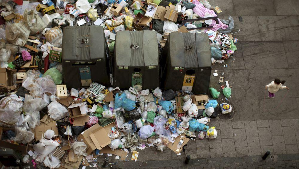 La basura desborda Madrid (13-11-2013)