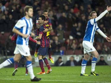 Busquets celebra su gol ante la indignación de la Real