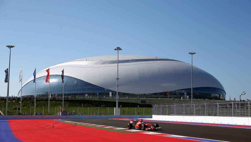Alonso, en la pista rusa de Sochi