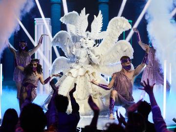 El Ángel se apodera de 'Mask Singer' al ritmo de 'Swish Swish' de Katy Perry