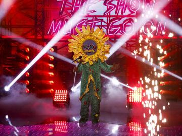 El Girasol se deja los pétalos en 'Mask Singer' con 'The show must go on' de Queen