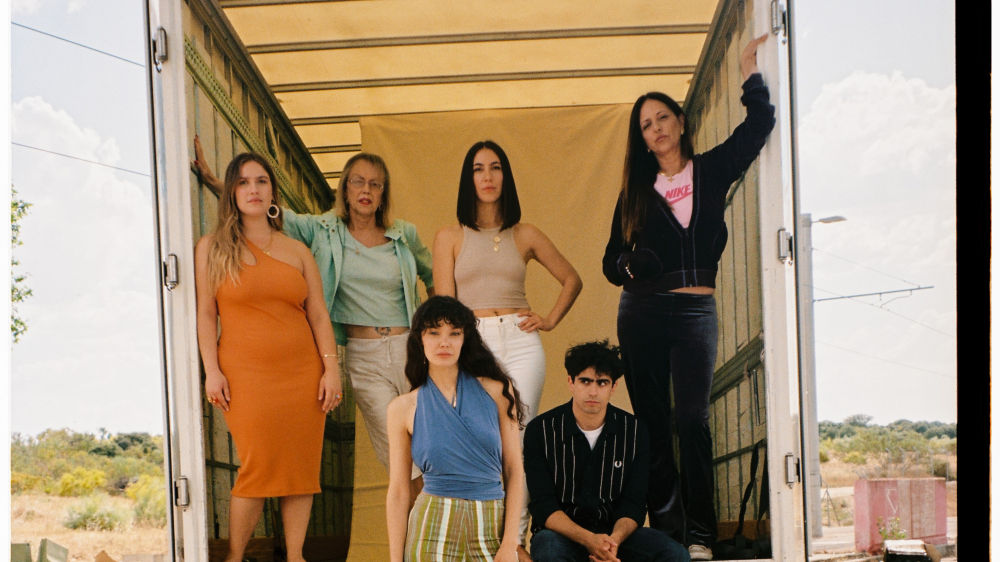 Arranca el rodaje de 'Cardo', nueva serie original de ATRESplayer PREMIUM creada por Ana Rujas y Claudia Costafreda